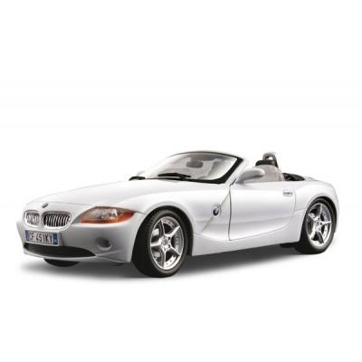 18-12001 Модель машины BMW Z4 Bburago