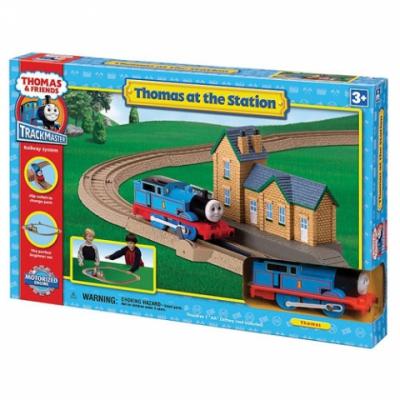 995689 Железная дорога с вокзалом Томас Tomy