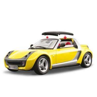 1/18 Модель машины SMART ROADSTER (2003) Bburago