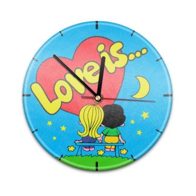 99018V Настенные часы с текстурой Love is