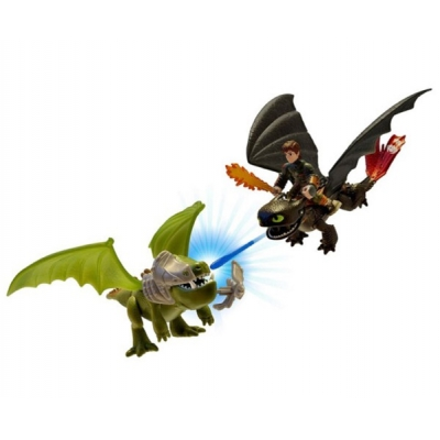 """*996602 Игровой набор Беззубик и Иккинг против дракона Dragons (стреляет """"пламенем"""") Spin Master"""