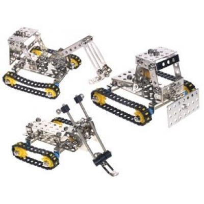 Набор металлического конструктора для сборки трех моделей зимней техники.