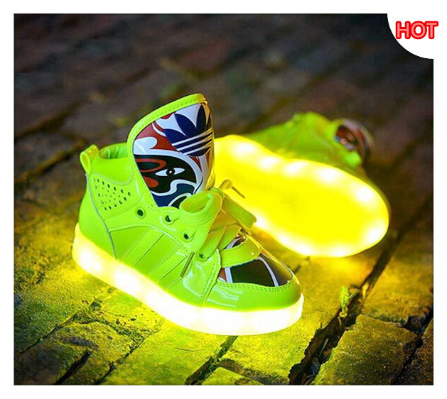 9d334302 Детские светящиеся кроссовки Led Обувь - купить недорого в интернет ...